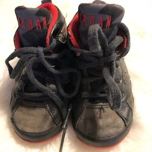 Vintage Air Jordan size 5 shoes